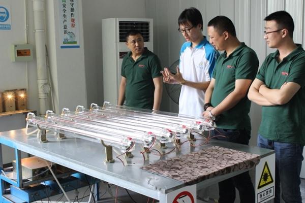激光管出厂质检
