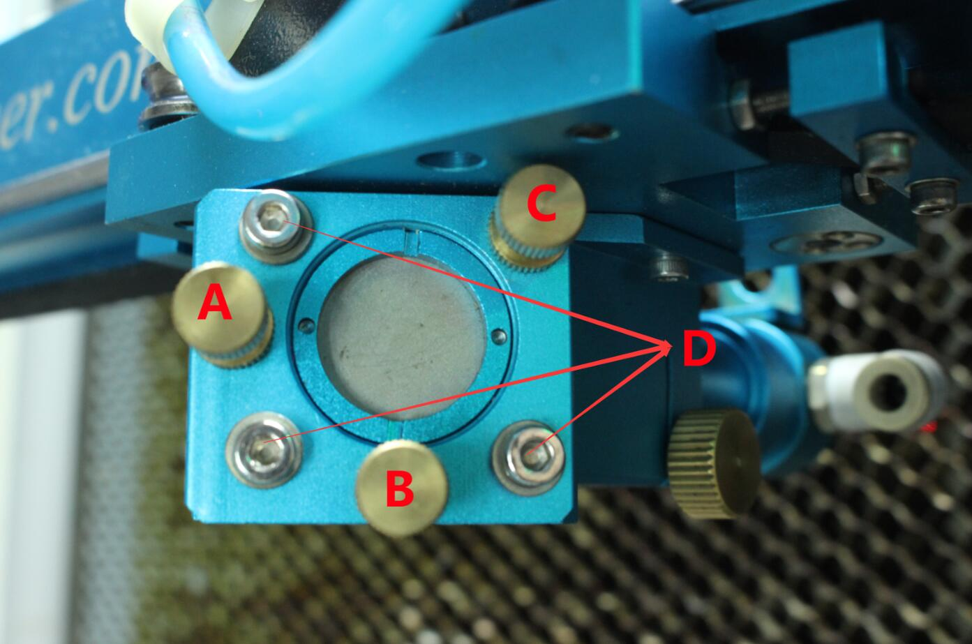 为什么切割材料过程中,有些位置穿透有些则不能?