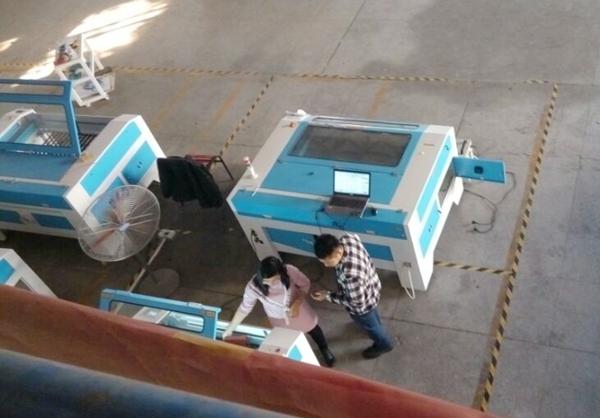 激光切割雕刻机