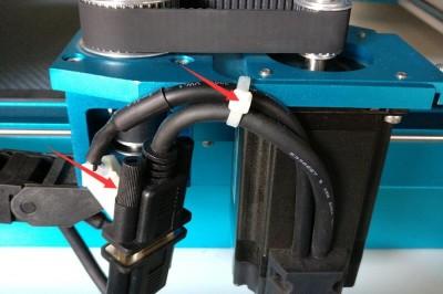 如何更换电机和调节电机皮带的松紧度?