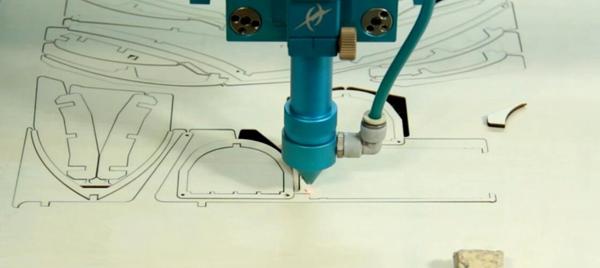 激光切割过程